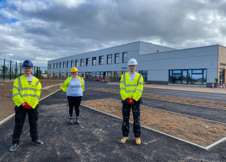Site visit builds future career for teenagers